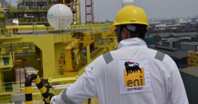 Eni Oil, Sankofa, Vitol