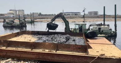 Dredge Masters, Works and Housing,