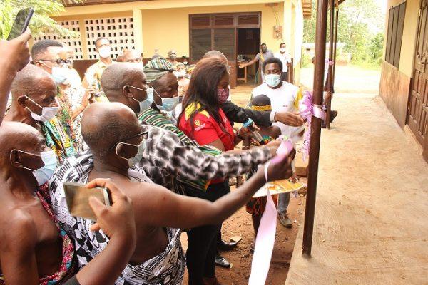 Vivo Energy Ghana, Shell, Brengo Presbyterian School